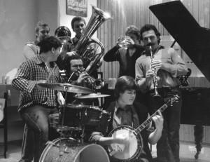 Die Grea Mauggl Jazzband während einer Probe 1978 im evangelischen Gemeindehus in Rottenacker